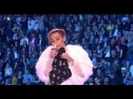Miley Cyrus causó revuelo al fumar marihuana en los MTV Europe Awards - Noticias de wrecking ball