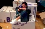 Victoria Beckham subasta zapatos por Filipinas - Noticias de david beckham