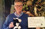 El regalo de Bill Gates a su 'amigo secreto' - Noticias de bill gates