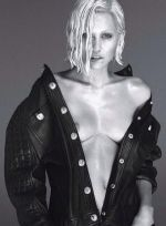 El osado look de Miley Cyrus para W Magazine - Noticias de miley y madona