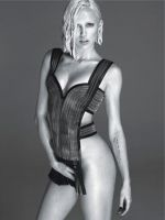 El osado look de Miley Cyrus para W Magazine - Noticias de miley cyrus terry richardson