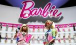 Barbie celebrará sus 55 años vestida de Karl Lagerfeld - Noticias de barbie collector