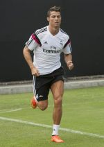 stdClass Object ( [uid] => 0 [hostname] => 10.85.147.61 [roles] => Array ( [0] => anonymous ) [session] => [cache] => 0 ) Cristiano Ronaldo se integró a entrenamientos del Real Madrid - Noticias de cristiano ronaldo