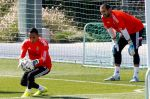 stdClass Object ( [uid] => 0 [hostname] => 10.138.51.175 [roles] => Array ( [0] => anonymous ) [session] => [cache] => 0 ) Keylor Navas ya entrena con el Real Madrid - Noticias de keylor navas