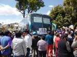 Huamachuco: recuperan bus de JR Express intervenido por deudos - Noticias de accidente de bus