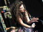 Lorde y su peculiar forma de defender a Taylor Swift - Noticias de halloween