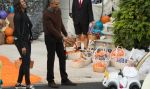 Halloween: conoce al tierno papa Francisco que cautivó a Barack Obama - Noticias de halloween